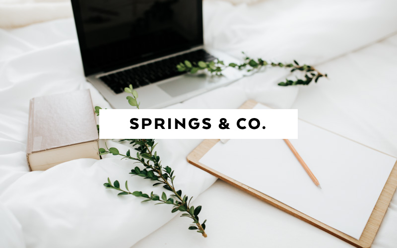 The Best 15 Sites for paid and free stock photos for feminine brands - Springs & co.